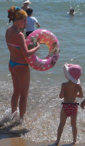 Нажмите на изображение для увеличения Название: Молодая мамочка на море.jpg Просмотров: 104 Размер:74.8 Кб ID:1280
