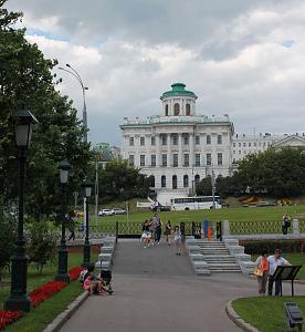 Нажмите на изображение для увеличения Название: дом Баженова.jpg Просмотров: 201 Размер:100.7 Кб ID:497